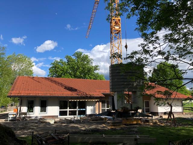 Baubeginn für Umbau am Wohnhaus in Adelstetten