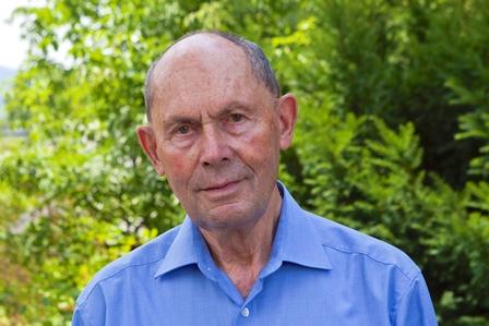 SSie sehen Herrn Heinrich Polczyk, Vorstandsmitglied der Lebenshilfe BGL