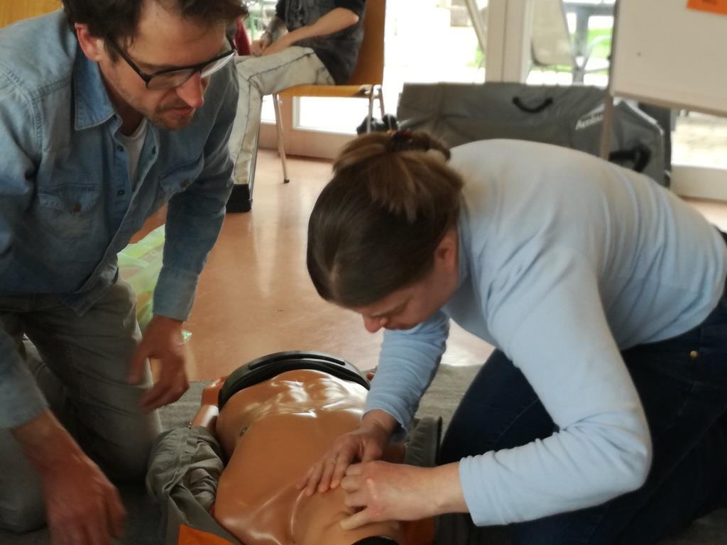 Inklusiver Erste Hilfe Kurs bei der Lebenshilfe Berchtesgadener Land